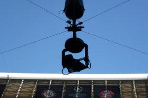 FIFAワールドカップでも大活躍!縦横無尽天空からの視点を作るワーヤー吊りの最新カメラ